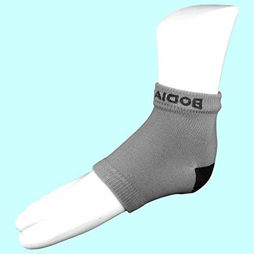Dry Bundle Open Moisturizing Silicone Heel Socks O'Keeffe's Healthy Feet Cream Jar Home Skin Care